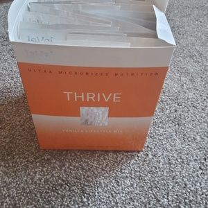 16 samples of  Thrive